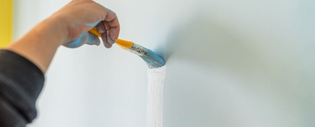 How to Use Paint Sprayer Indoors